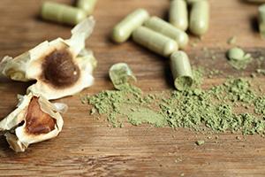 polvere verde di moringa capsule di moringa e foglie di moringa