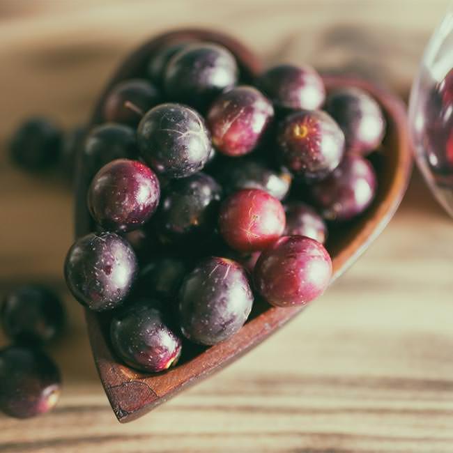 Resveratrolo: Che cos'è e i suoi Benefici